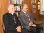 Biskup czytał dzieciom o chrzcie Polski